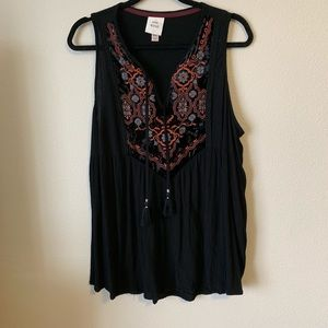Knox Rose Embroidered Black Tank Top XXL